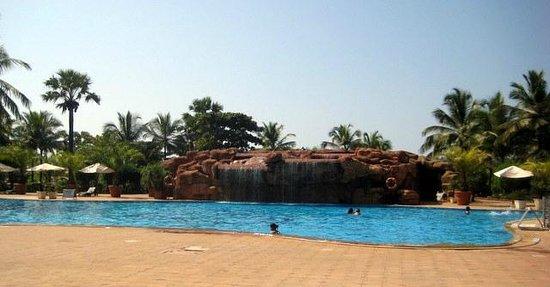 The Zuri White Sands Goa Resort & Casino: the waterfall backdrop