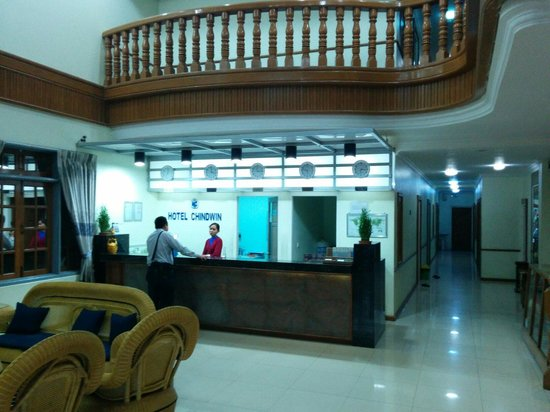 Hotel Chindwin : reception