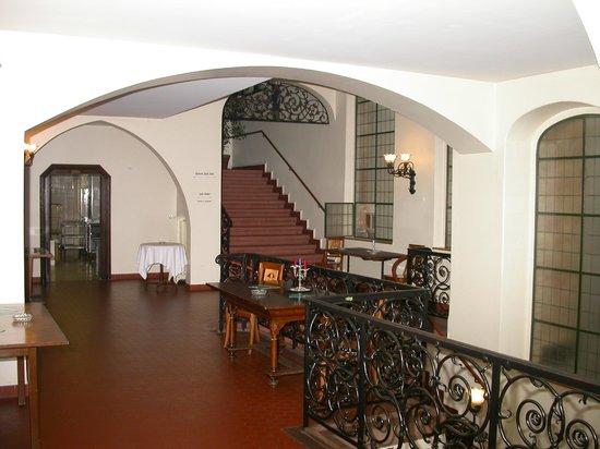Safran Zunft: Treppenhaus im 1. Stock