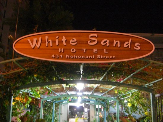 White Sands Hotel: 看板