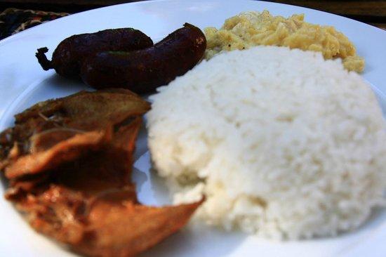 Coron Village Lodge : Danggit for breakfast