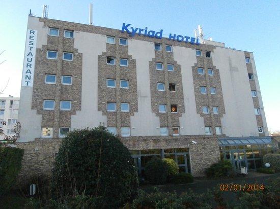 Kyriad Fresnes : otelin dış görünüşü