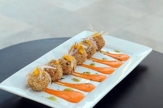 Restaurant Rio Verde: Los más ricos bocaditos para tus eventos!!