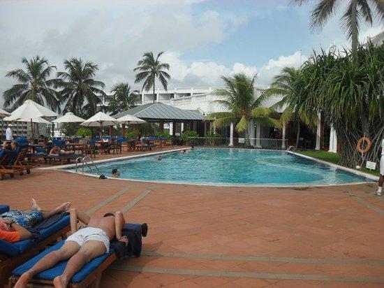 Mount Lavinia Hotel: Swimming pool