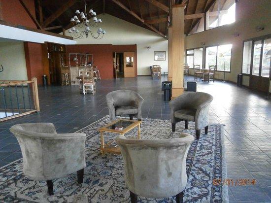 Terraza Coirones Hotel Boutique: Zona de esparcimiento interior planta alta