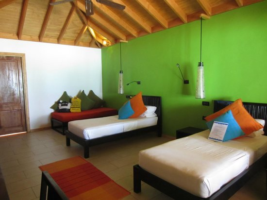 Vilamendhoo Island Resort & Spa: Beach Villa