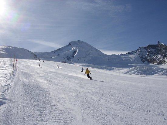Ferienwohnungen Apartments Azur: Schneesicheres Skigebiet Saas-Fee