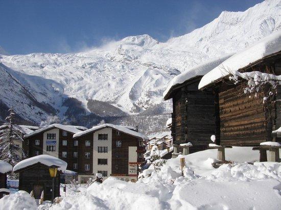 Ferienwohnungen Apartments Azur: Panorama Saas-Fee
