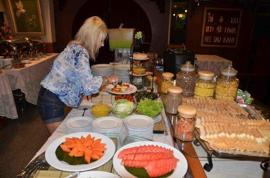 Hotel De Moc: Breakfast buffet