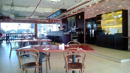 Fraiche - Cafe & Bistro