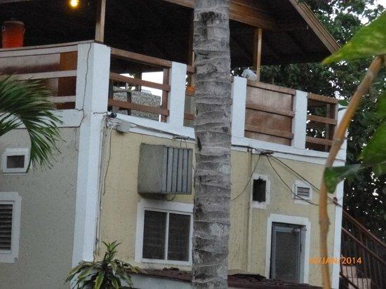 Merrils Beach Resort II : Lüftungsanlage bei der Küche