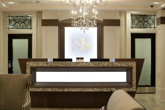 Hotel Shediac : Front Desk