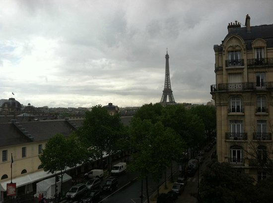 Hotel Duquesne Eiffel: View from our room (45?)