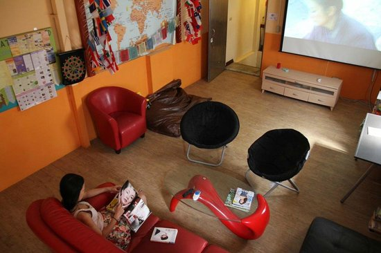 JV's Hostel: Common Room