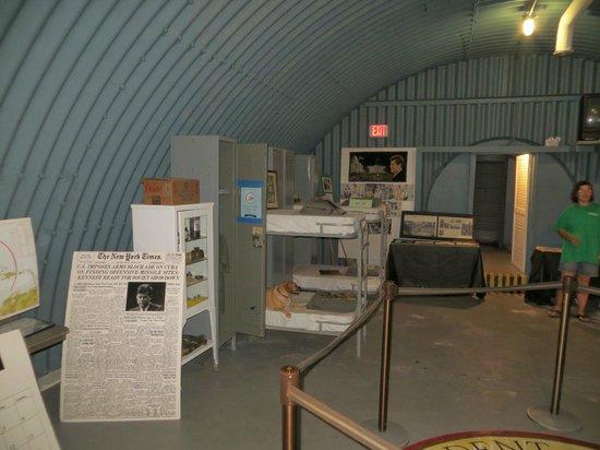 Palm Beach Maritime Museum: Inside Kennedy Bunker