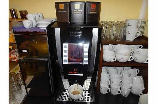 Hostel 2962: The amazing coffee maker