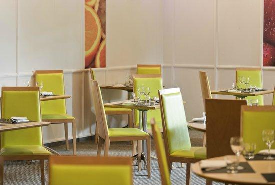Novotel Nice Arenas Aeroport: Restaurant