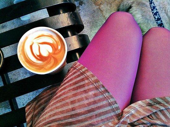 Axum Coffee: Mocha to go