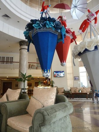 First Hotel: Christmas decoration at lobby
