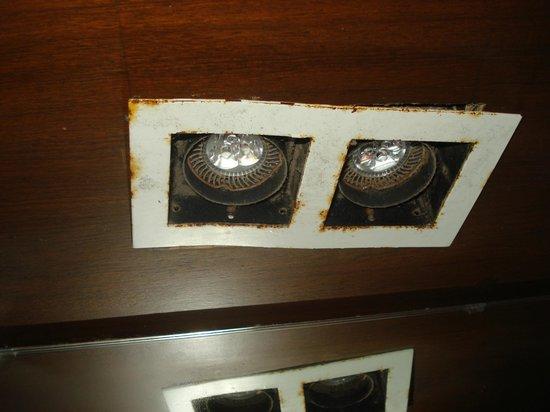 Resort De Coracao: Poorly maintained rooms