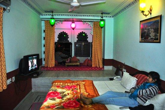 Hotel Thamla Haveli: Lake facing room