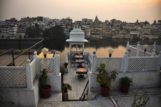 Hotel Thamla Haveli: Roof top