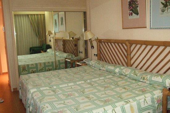Diverhotel Lanzarote: hbitacion