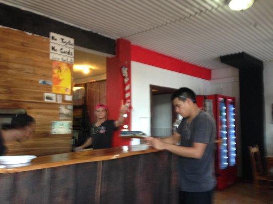 Inside Pizza Pata, Manuel Antonio