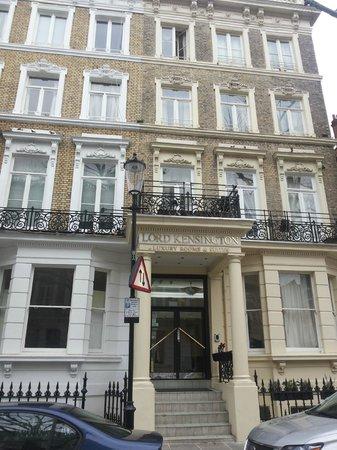 Lord Kensington Hotel: Hotel exterior