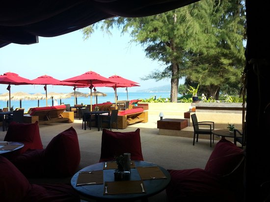 Movenpick Resort Bangtao Beach Phuket: Beach Club