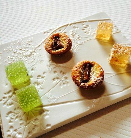 "Restaurant étoilé ""Flocons de Sel"" : 8/ Mignardises"