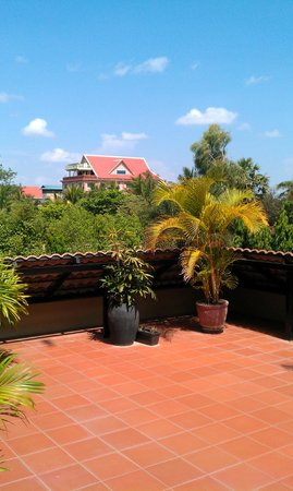 Lucky Angkor Hotel: На общем балконе