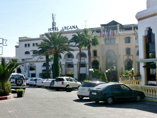 Hotel Argana : hotel gezien vanaf de Ave Mohamed V