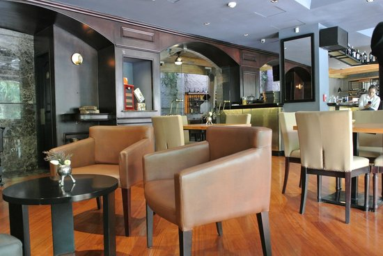 Park 10 Hotel: Bar Lusson