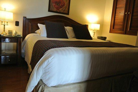 Park 10 Hotel : Doppelbett