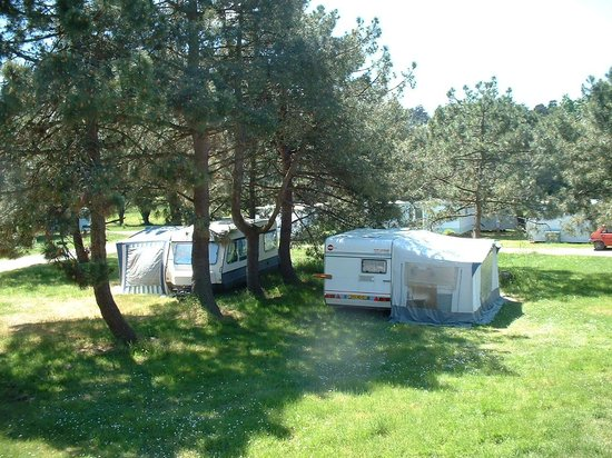 Camping Clos Mer et Nature: Grands emplacements herbeux