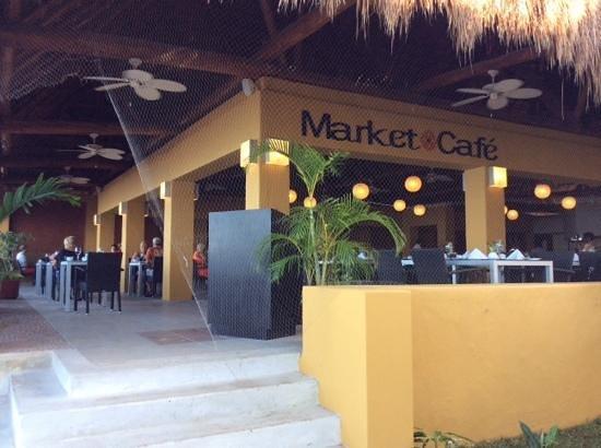 Secrets Aura Cozumel: market cafe