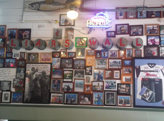 Plenty of tails picture of flying fish memphis for Plenty of fish st louis