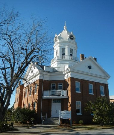 Courthouse - Picture of Old Monroe County Courthouse and