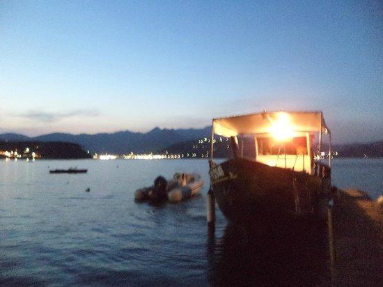 Frank's Hotel: barca per andare a Porto Azzurro