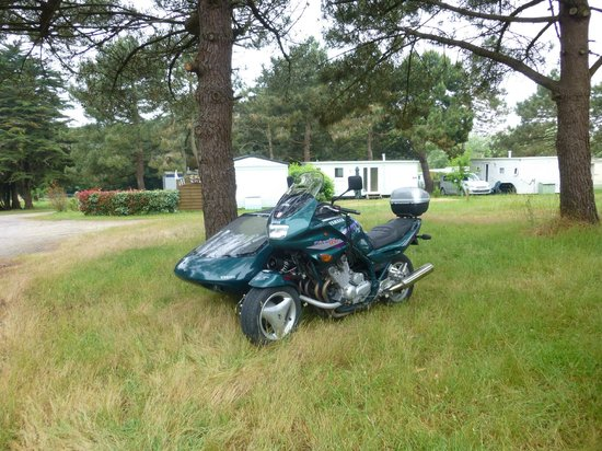 Camping Clos Mer et Nature : club motards