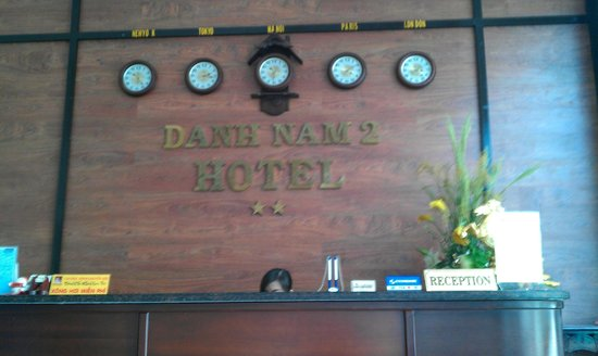 Danh Nam Hotel 2: Reception