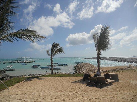 Alsol Luxury Village: The Beach Bar View