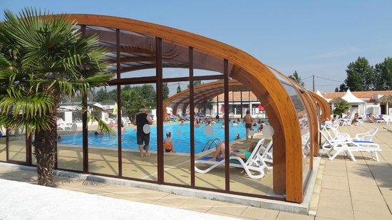 Camping Les Rouilleres: la piscine