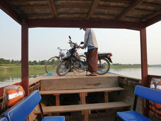 Innwa : transporte rio