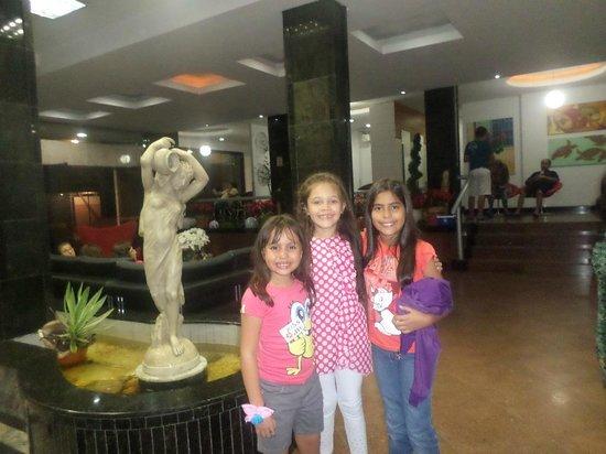 Hotel Vieiras: el lobby del hotel, hermoso espacio.