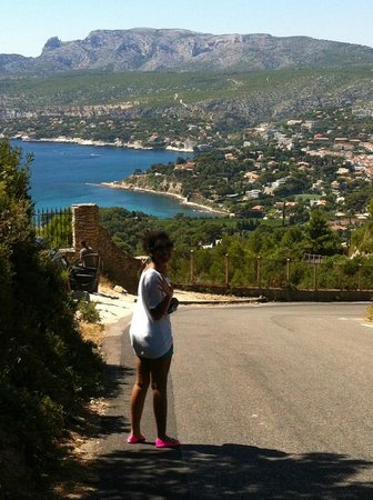 Provence Wine Tours : overlooking Cassis