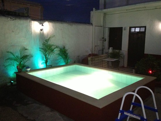 Titos House : POOL NOCHE