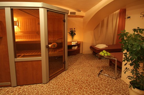 Sauna picture of hotel ametyst prague prague tripadvisor for Prague bathhouse