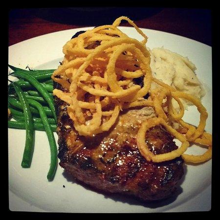 Burtons Grill : Best Darn Steak Ever!